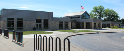 Bettendorf Middle School building